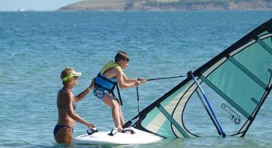 уиндърф за деца на морски лагер